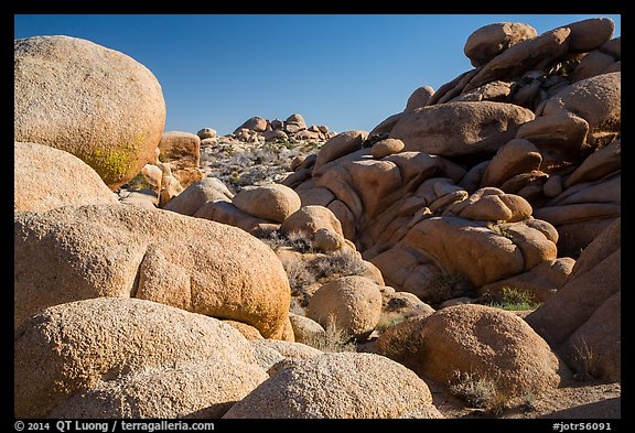 Boulders, White Tanks. Joshua Tree National Park (color)
