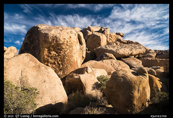 Boulder outcrop. Joshua Tree National Park (color)