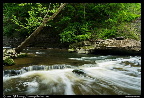 Tinkers Creek cascade, low flow, Bedford Reservation. Cuyahoga Valley National Park (color)