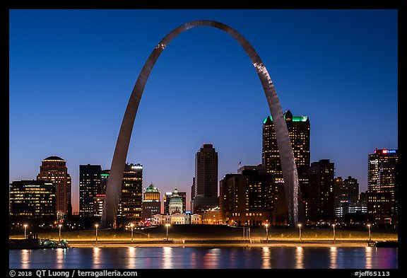 Arch and Old Courthouse across Mississippi River at dusk. Gateway Arch National Park (color)