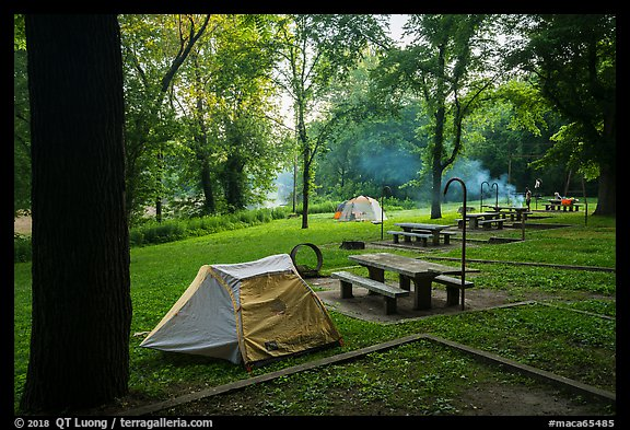 Houchin Ferry Campground. Mammoth Cave National Park (color)