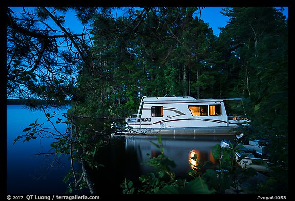 Houseboat at night, Houseboat Island, Sand Point Lake. Voyageurs National Park (color)