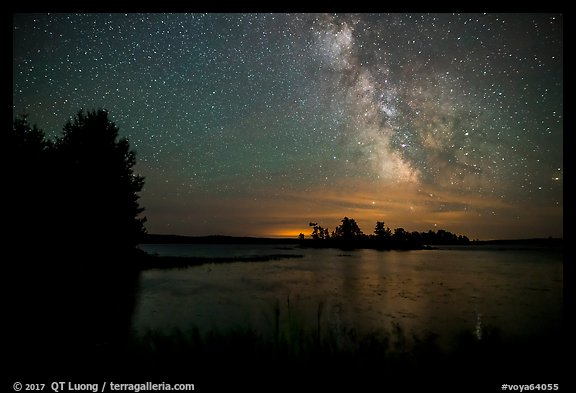 Milky Way from Houseboat Island, Sand Point Lake. Voyageurs National Park (color)