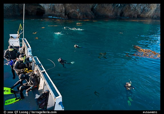 Diving boat and scuba divers in water, Annacapa. Channel Islands National Park (color)