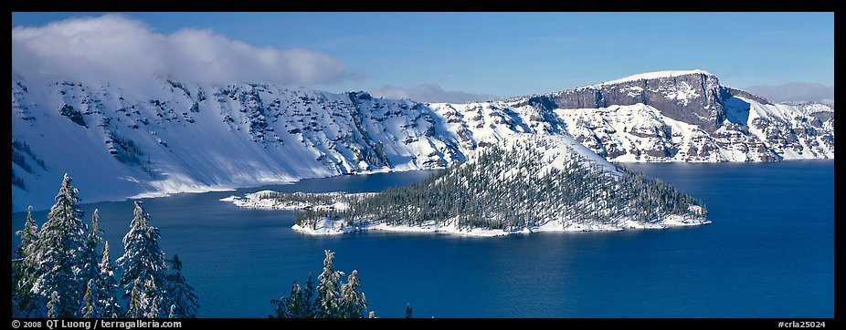 Wizard Island in winter. Crater Lake National Park (color)
