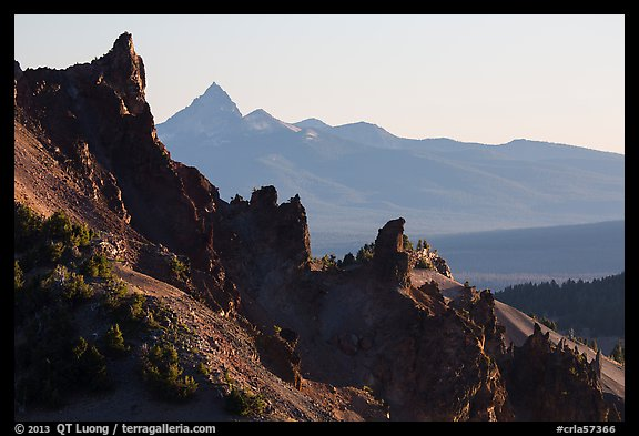 Volcanic spires. Crater Lake National Park (color)