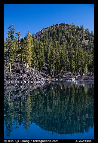 Wizard Island's cinder cone reflected in Governors Bay. Crater Lake National Park (color)