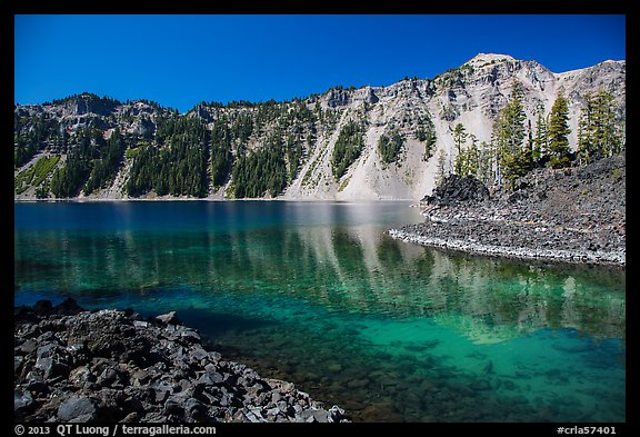 Emerald waters in Fumarole Bay, Wizard Island. Crater Lake National Park (color)