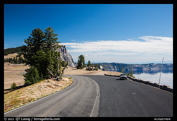 Road near North Junction. Crater Lake National Park (color)