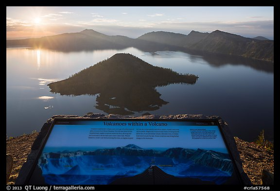 Interpretive sign, Wizard Island and Mount Scott. Crater Lake National Park (color)