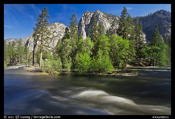 Kings River and trees in the spring, Cedar Grove. Kings Canyon National Park (color)