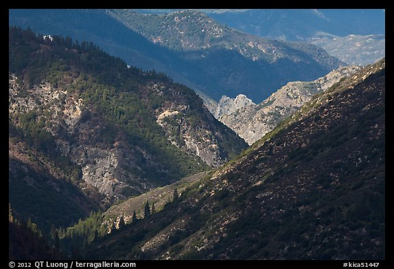Canyon of the South Forks of the Kings River. Kings Canyon National Park (color)