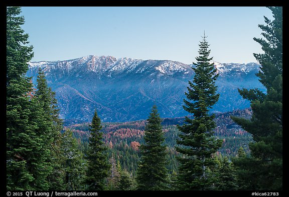 Tombstone Ridge from Kings Canyon Overlook. Kings Canyon National Park (color)
