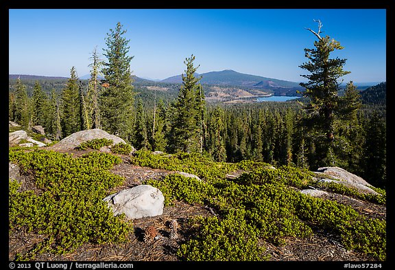 View from Inspiration Point. Lassen Volcanic National Park (color)