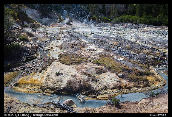 Stream and fumaroles, Devils Kitchen. Lassen Volcanic National Park (color)