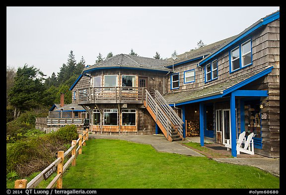 Kalaloch Lodge. Olympic National Park (color)