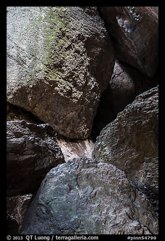 Boulders in Balconies Cave. Pinnacles National Park (color)
