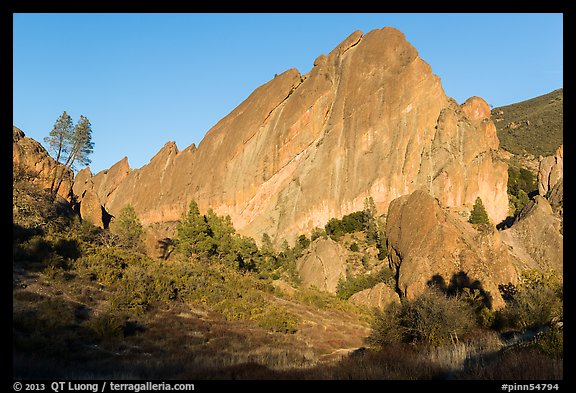 Machete Ridge, late afternoon. Pinnacles National Park (color)