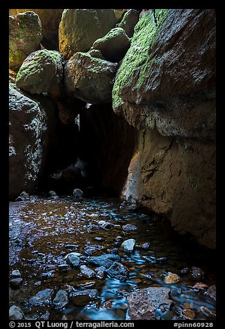 Stream and boulders, Bear Gulch Lower Cave. Pinnacles National Park (color)