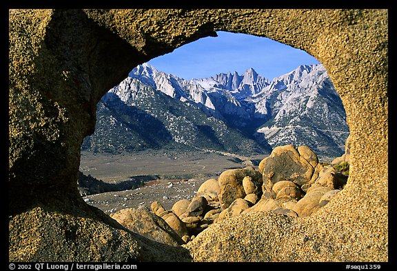 Alabama hills arch I and Sierras, early morning. Sequoia National Park (color)
