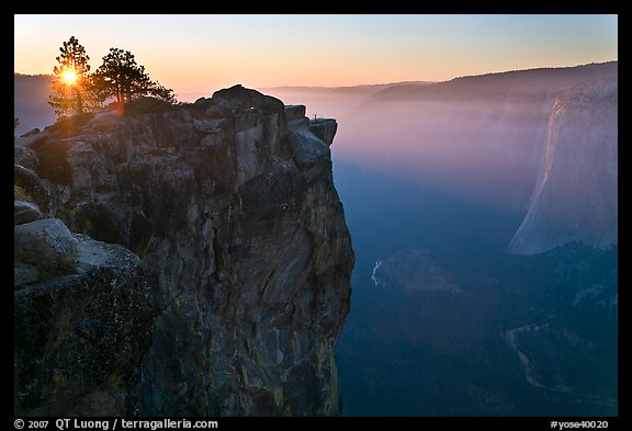 Sunset from Taft Point. Yosemite National Park (color)