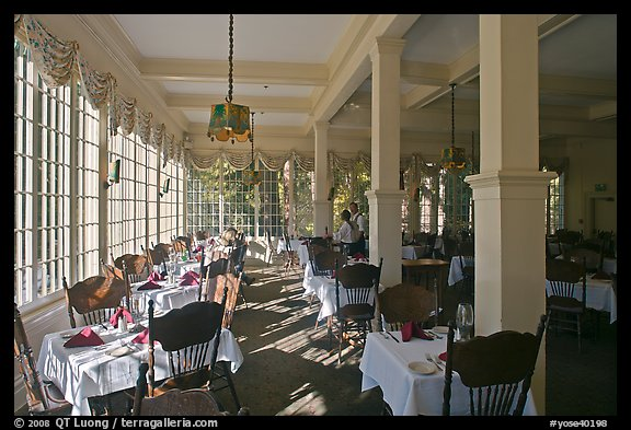 Dinning room, Wawona lodge. Yosemite National Park (color)