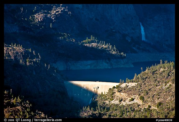 O'Shaughnessy Dam, Hetch Hetchy Reservoir, and Wapama falls. Yosemite National Park (color)