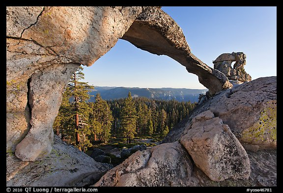 Indian Arch, late afternoon. Yosemite National Park (color)