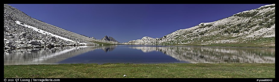 Wide view of alpine lake. Yosemite National Park (color)