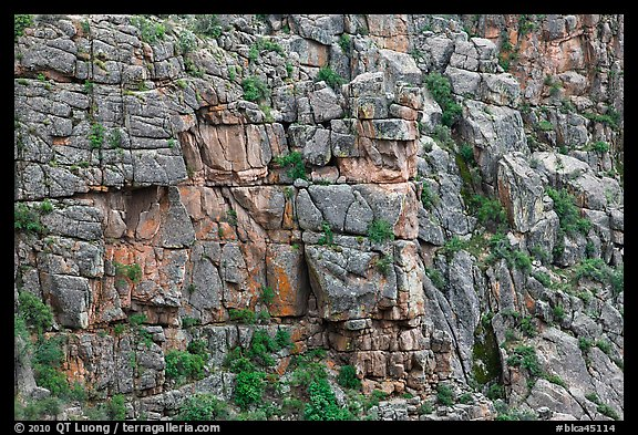 Fractured rock wall. Black Canyon of the Gunnison National Park (color)