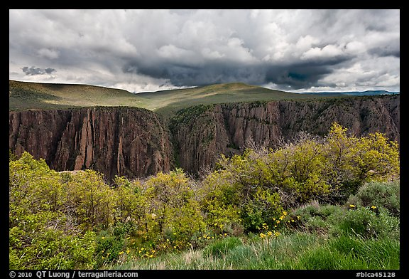 Canyon and storm clouds, Gunnison Point. Black Canyon of the Gunnison National Park (color)