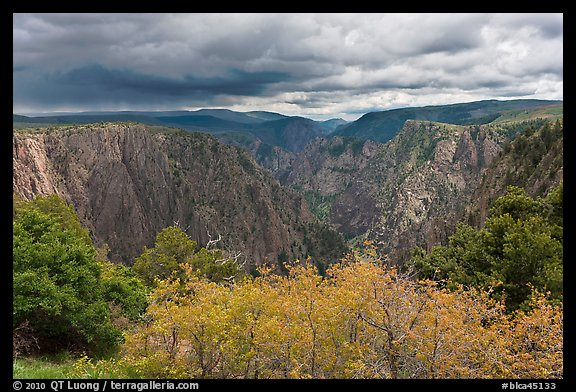 Approaching storm, Tomichi Point. Black Canyon of the Gunnison National Park (color)
