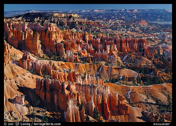 View of Queens Garden spires from Sunset Point, morning. Bryce Canyon National Park (color)