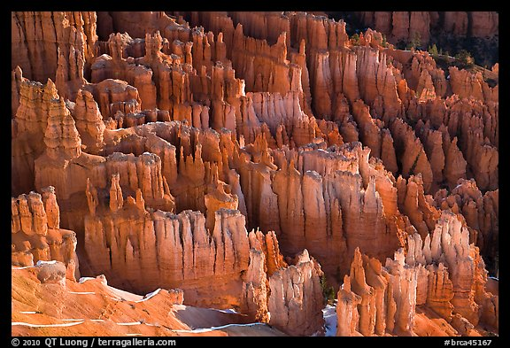 Pinnacles, hoodoos, and fluted walls. Bryce Canyon National Park (color)