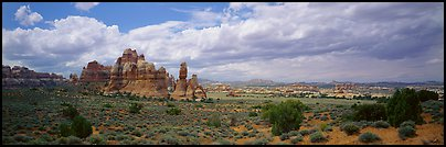 Chessler Park and rock formations, Needles District. Canyonlands National Park (Panoramic color)