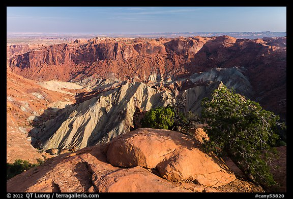 Crater of Upheaval Dome. Canyonlands National Park (color)