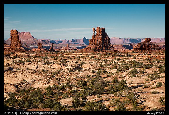 Land of Standing rocks, Maze District. Canyonlands National Park (color)
