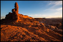 Petes Mesa at sunrise, Maze District. Canyonlands National Park ( color)
