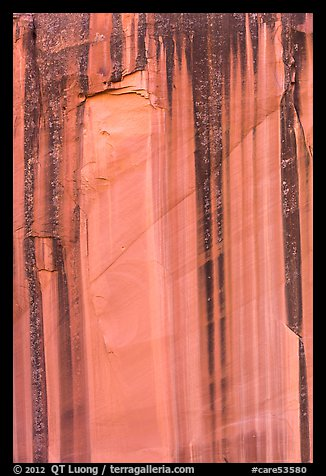 Desert varnish streaks on cliff, Grand Wash. Capitol Reef National Park (color)