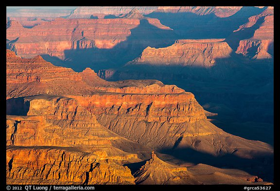 Ridges at sunrise from Moran Point. Grand Canyon National Park (color)