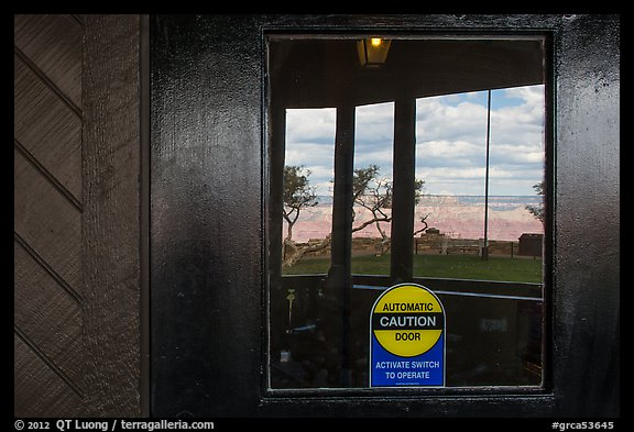 South Rim, El Tovar Hotel window reflexion. Grand Canyon National Park (color)