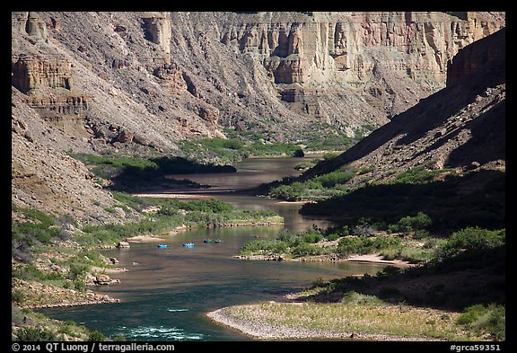 Rafts on meanders of the Colorado River at Nankoweap. Grand Canyon National Park (color)
