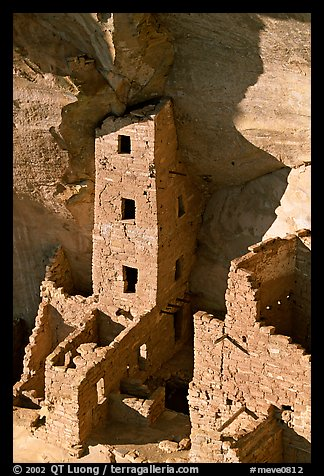 Square Tower house, tallest ruin in Mesa Verde, late afternoon. Mesa Verde National Park (color)