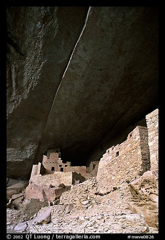 Round tower in Cliff Palace. Mesa Verde National Park (color)