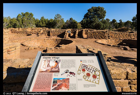 Interpretive sign, Coyote Village. Mesa Verde National Park (color)