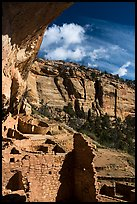 Long House Ancestral Pueblo ruins and cliffs, Wetherill Mesa. Mesa Verde National Park ( color)