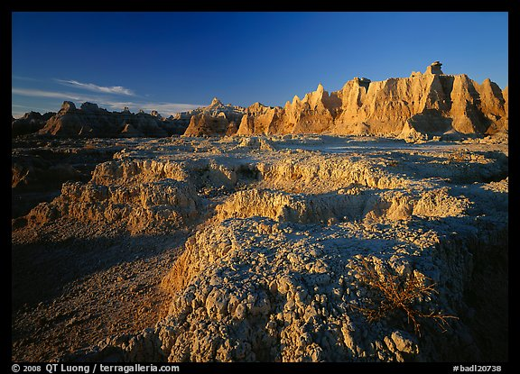 Erosion formations, Cedar Pass, sunrise. Badlands National Park (color)