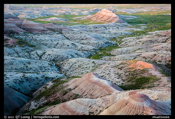 Eroded buttes at sunrise, Panorama Point. Badlands National Park (color)