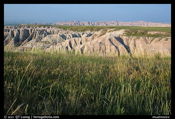 Mixed grass prairie alternating with badlands. Badlands National Park (color)