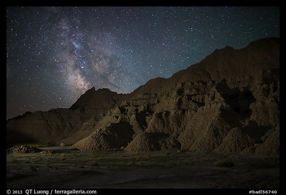 Starry sky and Milky Way above buttes. Badlands National Park (color)